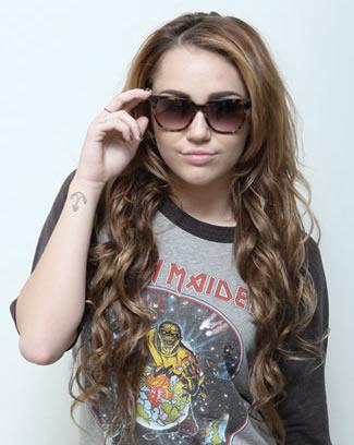 Miley Cyrus Anchor Tattoo