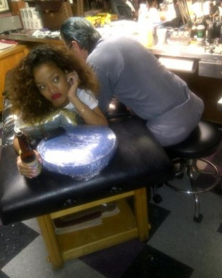 Rihanna's Tibetan Butt Tattoo is NOT New, But a Year Old!