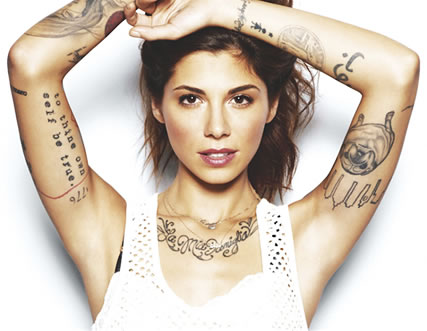 Christina Perri 2018: Boyfriend, tattoos, smoking & body ...