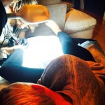 Miley-Cyrus-getting-ankle-tattoo-from-cheyne