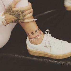rihanna-ankle-1988-tattoo