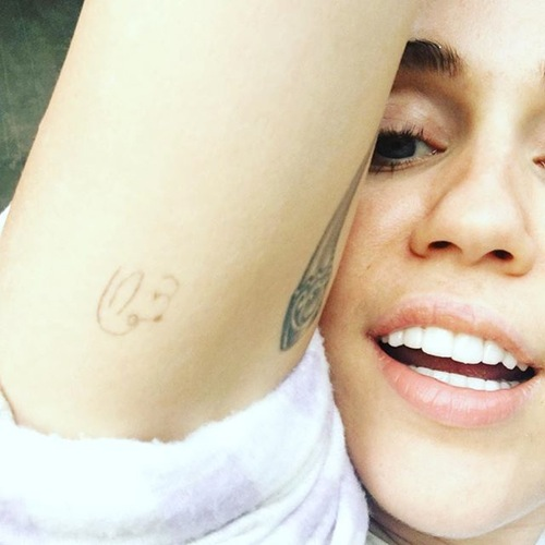 Miley Cyrus May Have Just Gotten Another Puppy Tattoo