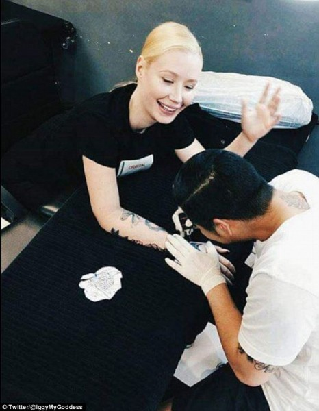 iggy-azalea-tattoo-sleeve