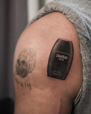 Drake's Got ANOTHER New Shoulder Tattoo – This Time a Nod to Drakkar Noir Cologne